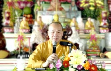 tu hanh phai chiu chong gai thich tri hue