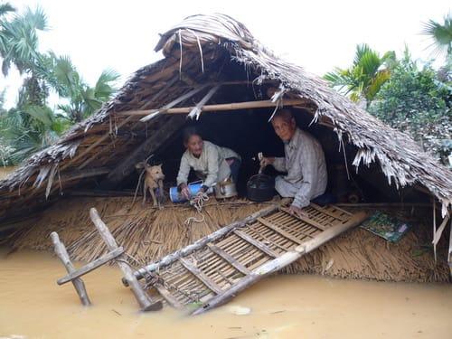 Kết quả hình ảnh cho Lụt Miền Trung Images