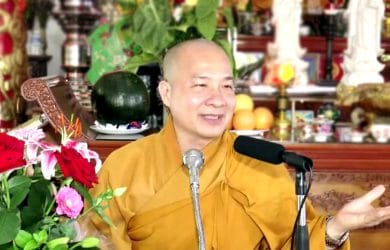 phuong phap niem phat de khong bi tan loan thich tri hue